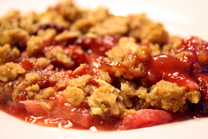 Rhubarb Strawberry Crisp4