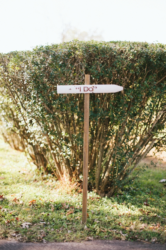 DIY picket fence wedding signage