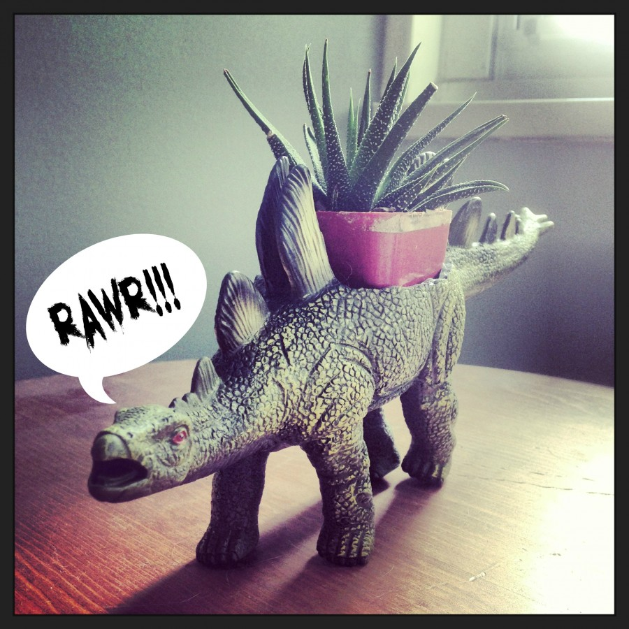 DIY Dinosaur Planter ~ ElephantEats.com