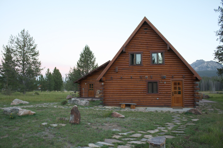 Idaho Cabin ~ ElephantEats.com